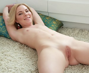 Young Porn Pictures