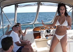 Hot Boat Porn Pictures